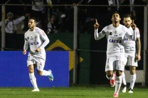 Kayke voltou a marcar dois gols contra o Atlético-PR