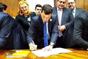 O prefeito Marco Aurélio Gomes foi até o Palácio dos Bandeirantes, em São Paulo, para firmar a parceria