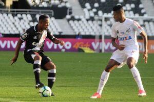 Em partida com portões fechados, Vasco e Santos empatam no Engenhão