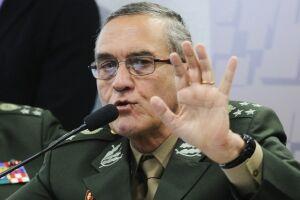 Eduardo Dias da Costa Villas Bôas voltou a criticar o uso das Forças Armadas em ações para garantir a manutenção da lei e da ordem