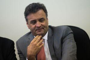 Senado decidiu por 44 votos a 26 revogar as medidas cautelares impostas pelo STF a Aécio Neves