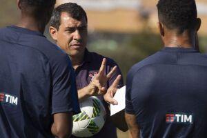Fábio Carille mostrou confiança em relação ao time titular do Corinthians