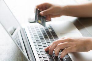 Um em cada cinco brasileiros tem o hábito de comprar em sites estrangeiros