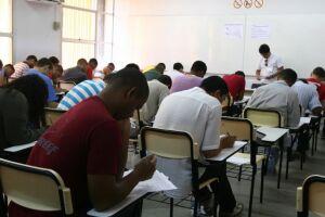 Em Santos, as provas são restritas aos candidatos que obtiveram 75% de frequência nos cursos