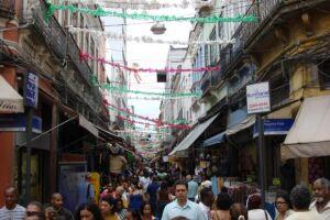 Na semana do Dia da Criança, movimento foi intenso nas lojas da Saara no centro do Rio
