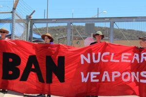 Ativistas da Ican protestam contra uma base norte-americana em Alice Spring, Austrália, em setembro de 2016