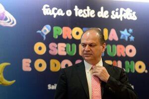 O ministro da Saúde, Ricardo Barros, anuncia ações para conter avanço da sífilis no país