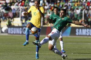 Neymar tem oscilado na seleção brasileira a partir de seu novo status