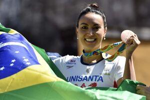 Poliana Okimoto passa a integrar o Hall da Fama das Maratonas Aquáticas
