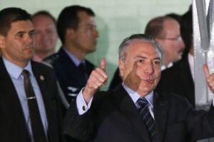 A Câmara dos Deputados barrou o prosseguimento da denúncia contra o presidente Michel Temer