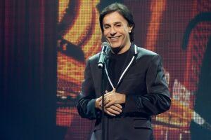 O humorista Tom Cavalcante apresenta o espetáculo 'StomdUp' no Teatro Coliseu