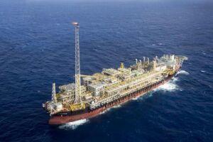 Plataforma FPSO Cidade de Itaguaí é um navio petroleiro adaptado