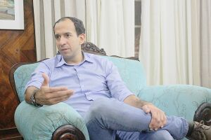 O Ministério Público quer o prefeito Paulo Alexandre como réu em ação por improbidade administrativa