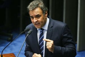Aécio Neves destituiui Tasso Jereissati da presidência interina do PSDB
