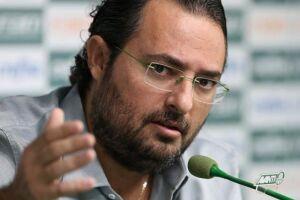 Internamente, o diretor de futebol, Alexandre Mattos, já até brinca com as séries de especulações