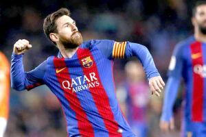 Messi chegou ao Barcelona em 2000, com 13 anos, contratado junto ao Newell's Old Boys