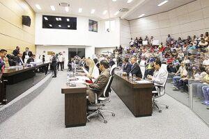 Quatro requerimentos serão analisados hoje pelo plenário da Câmara de Guarujá