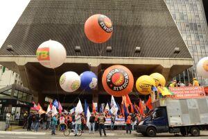 Em São Paulo, está programada uma concentração na praça da Sé com destino à avenida Paulista