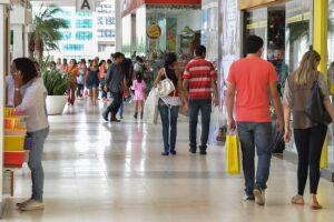 Cartões de loja são hoje a forma de financiamento que mais leva o consumidor para a inadimplência