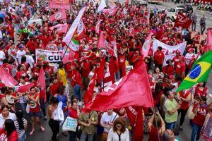 Centrais planejam nova greve geral no dia 5 contra reforma da Previdência