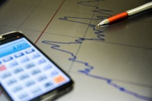 Economia cresce pelo 3º mês seguido e aumenta confiança do empresário