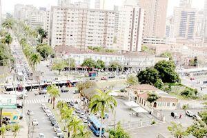 Aumentar o potencial construtivo nas vias que acompanham o traçado do VLT em Santos. É o que se pretende promover com a revisão da Lei de Uso e Ocupação do Solo da Área Insular