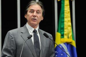 A proposta é de autoria do presidente da Casa,  Eunício Oliveira (PMDB-CE)