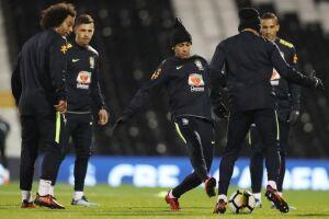 A seleção brasileira fez seu primeiro treino para o amistoso contra a Inglaterra