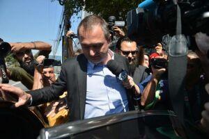 Preso desde setembro por determinação do Supremo Tribunal Federal (STF), Joesley Batista chegou ao Senado pouco depois das 8h escoltado por agentes da Polícia Federal