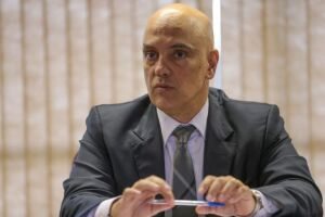 O caso de Gilberto Kassab, derivado de delação da JBS, ficou como o ministro Alexandre de Moraes, seu ex-secretário