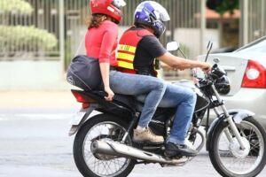 As motocicletas terão que ter todos os acessórios de segurança exigidos por lei