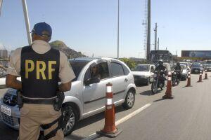 Os policiais atuam principalmente em ações preventivas para redução da violência no trânsito