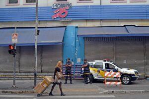 O centro comercial foi fechado pela prefeitura em setembro