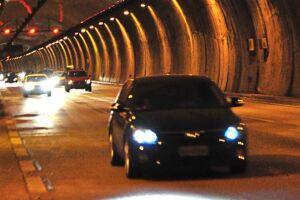 Entre 250 e 360 mil veículos devem deixar a capital paulista em direção ao Litoral