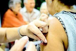 A vacinação de maiores de 18 anos, na verdade, é negligenciada em todo o mundo, como mostra o levantamento feito em cinco países (Brasil, Alemanha, Índia, Itália e Estados Unidos)