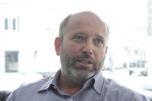 Luis Fernando Camargo Guimarães está inconformado com o que boa parte das prefeituras da região está fazendo com o contribuinte