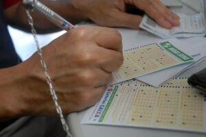 As apostas da Mega da Virada poderão ser feitas em todas as casas lotéricas do país até as 14h (horário de Brasília) do dia 31