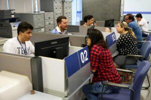 A comunicação prévia ao banco era exigida apenas com um dia útil de antecedência e para valor igual ou acima de R$ 100 mil