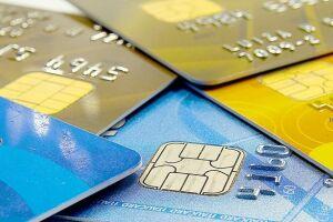 De acordo com o presidente do BC, foi criado um grupo de estudo para pesquisar o tema, com a possibilidade de estímulo ao uso do cartão de débito e a redução do custo para o lojista