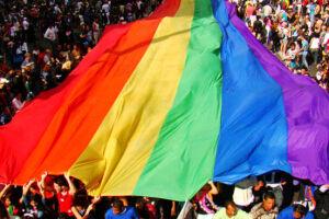 Aplicativo enviará à CGU denúncias de agressão e discriminação a pessoas LGBTI+