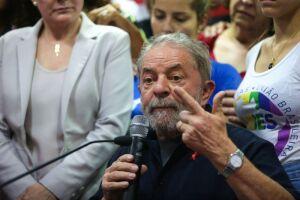 O petista voltou a desafiar Moro e o Ministério Público a apresentarem provas de que ele é o dono do apartamento construído e reformado pela empreiteira OAS, alvo da Lava Jato
