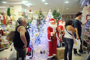 Vendas do comércio neste Natal devem crescer 5,2%