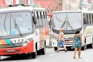 A situação, que já gerou centenas de desempregados na região, já ocorre em todas as demais cidades da Baixada Santista