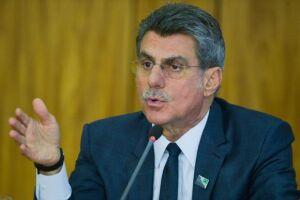 O senador Romero Jucá (RR), abriu a convenção extraordinária do partido na manhã desta terça-feira, 19, em Brasília
