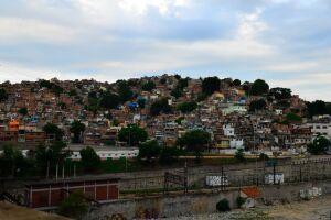 Morro da Mangueira, no RJ, foi alvo de operação do Bope e manifesto de moradores.