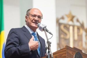 O governador de SP também citou a disputa com Lula pela presidência em 2006