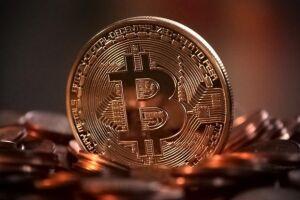 As criptomoedas recuam após notícias de que a Coreia do Sul e a China poderiam proibir transações com as moedas virtuais