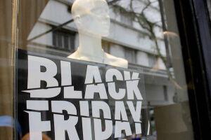 A Black Friday, que é a data do varejo em que os lojistas fazem promoções para atrair clientes, também teve impacto positivo sobre as vendas