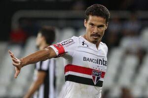 O meia Hernanes concedeu entrevista coletiva em tom de despedida do São Paulo nesta sexta-feira (5)
