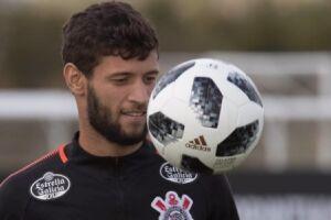 Juninho Capixaba não poderá atuar na estreia do Corinthians pelo Campeonato Paulista, na próxima quarta-feira (17), contra a Ponte Preta, no Pacaembu